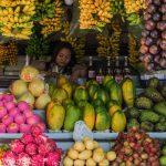 Vendeuse de fruits aux Philippines