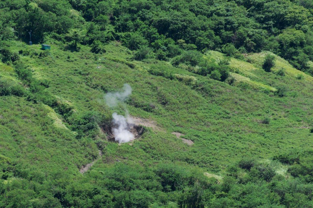 Fumerolles sur Volcano Island