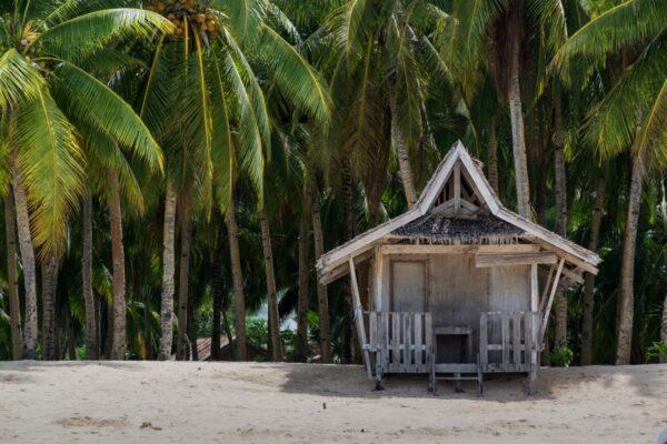 Daku Island, main beach