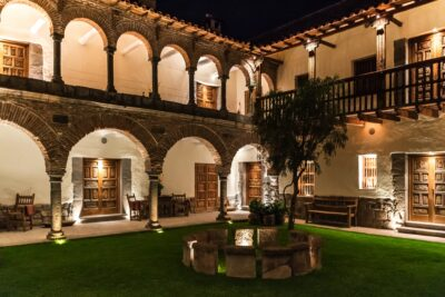Patio de l'hôtel Inkaterra La Casona à Cusco