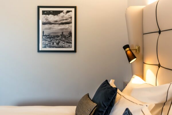 Décoration dans la chambre de l'hôtel Cerretani Florence MGallery Collection