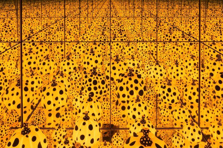Infinity mirror room de Yayoi Kusama
