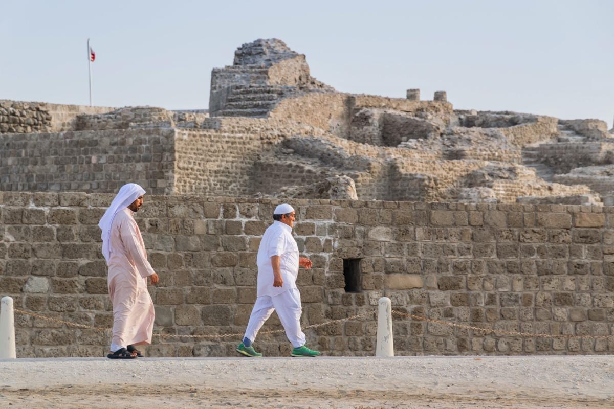 Promenade autour du fort de Bahreïn
