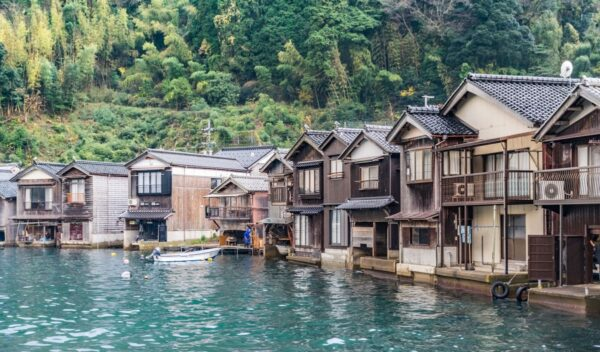 Le village de pêcheurs d'Ine au Japon