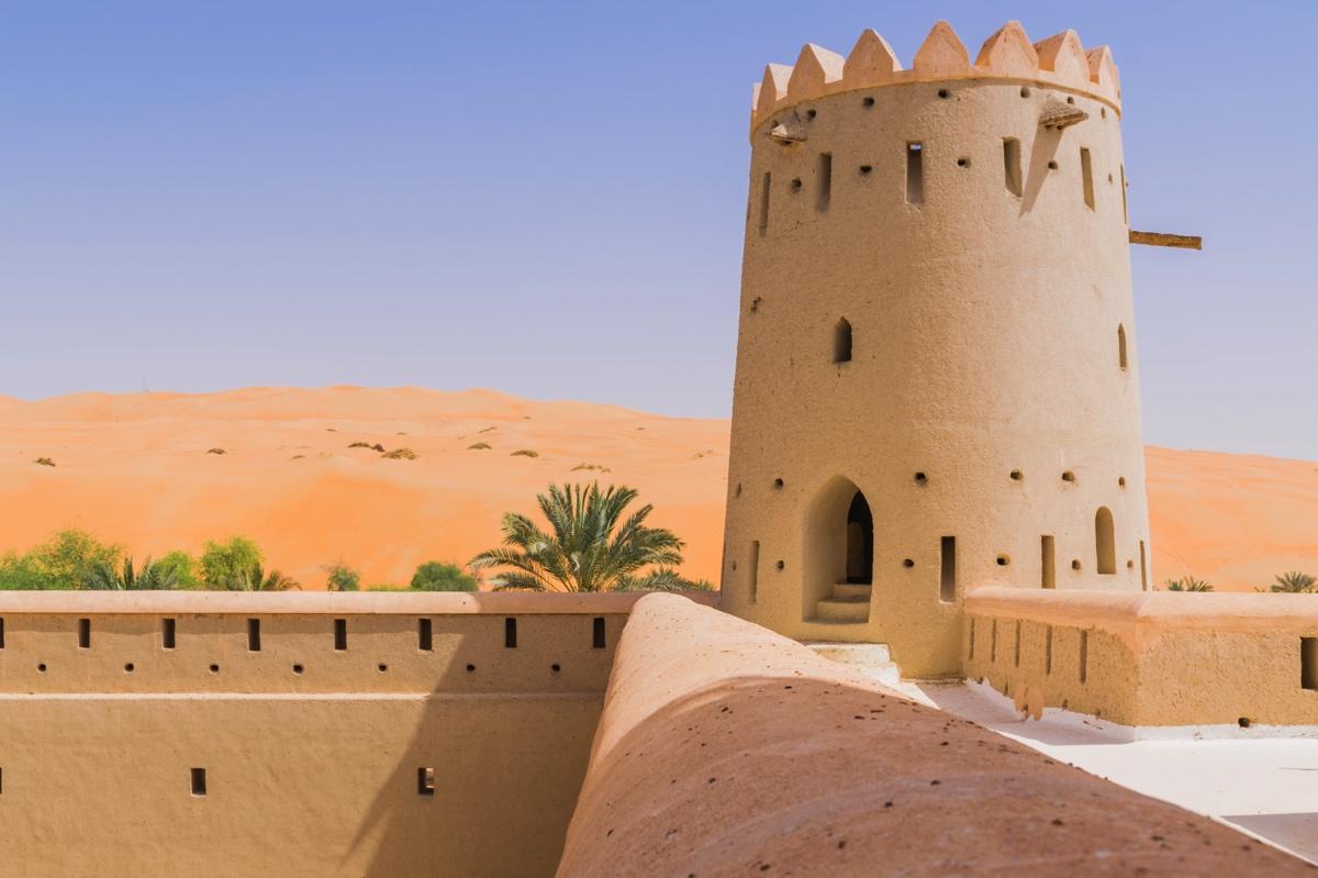 Fort dans l'oasis de Liwa