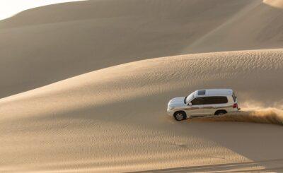 4x4 dans les dunes au Qatar