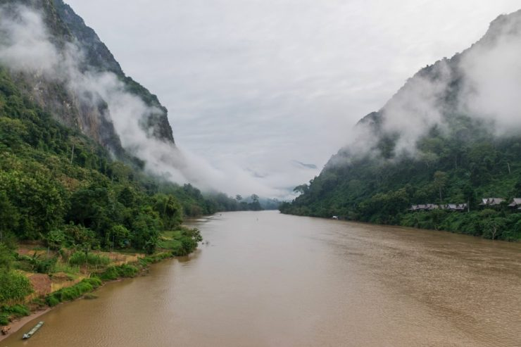 Brume matinale à Nong Khiaw au Laos