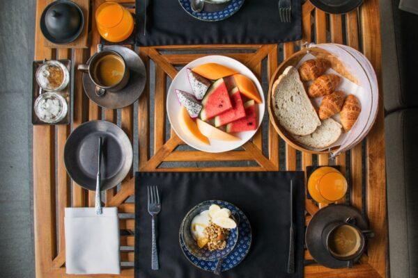 Pétit déjeuner à Villa Mahabhirom