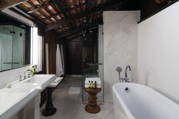 Salle de bain de la Villa Mahabhirom