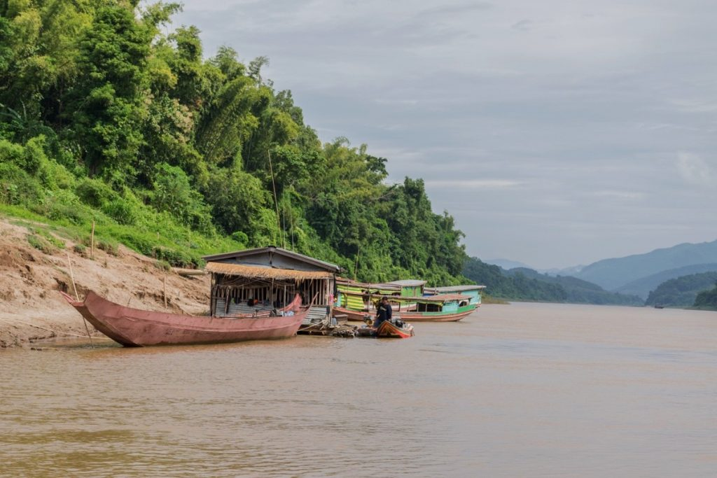 Rive du Mékong au Laos