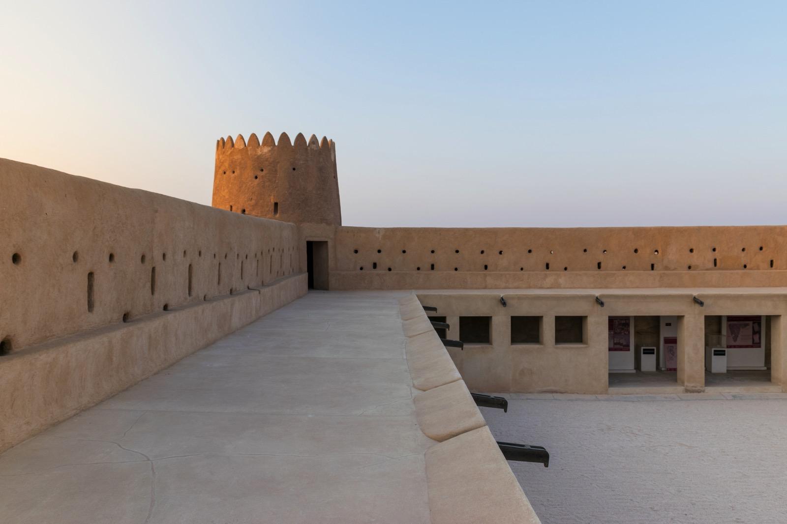 Au sommet du fort Al Zubarah au Qatar