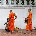 Tak bat à Luang Prabang