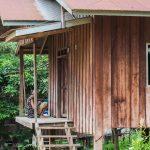 Village sur le Mékong au Laos