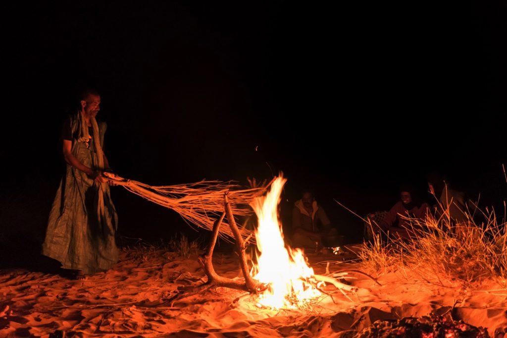 Bivouac, un soir de randonnée en Mauritanie