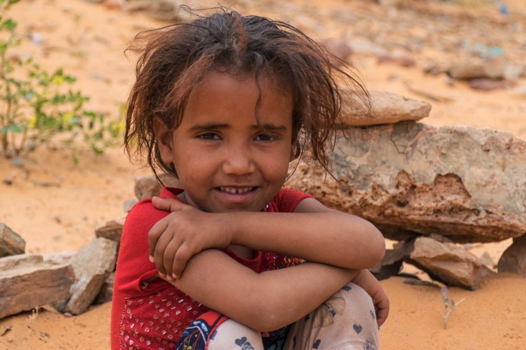 Fillette dans l'Adrar en Mauritanie