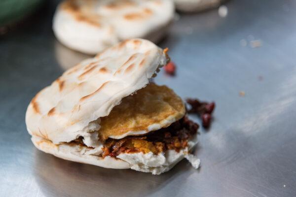 Sandwich à Xi'an dans le quartier musulman