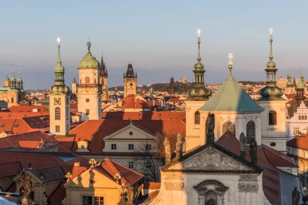Clochers des églises de Prague