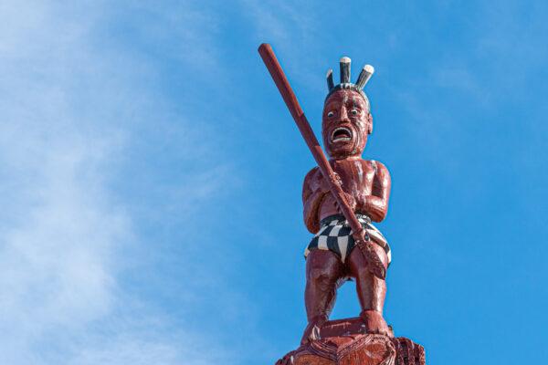 Statue maorie à Rotorua