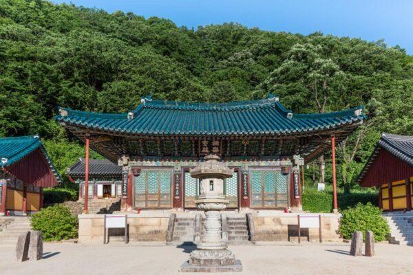 Temple Sinheungsa à Seoraksan