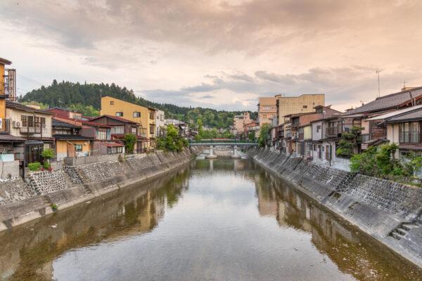 Rivière Miyagawa à Takayama