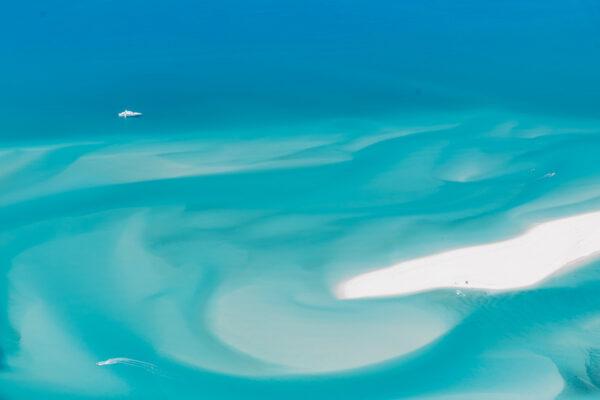 Survol de la barrière de corail depuis Airlie Beach