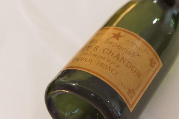 Ancienne bouteille Moët et Chandon