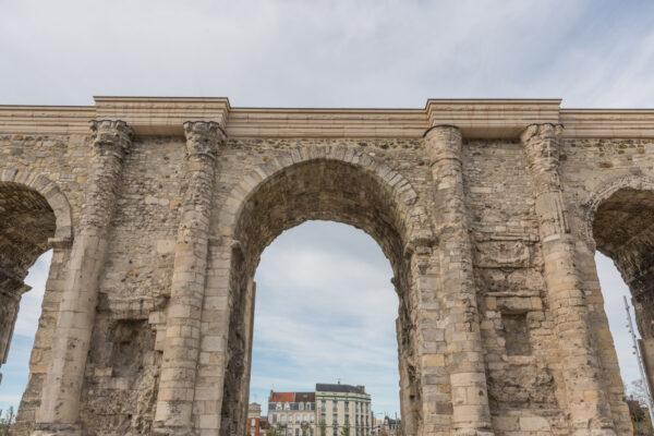 Porte de Mars à Reims