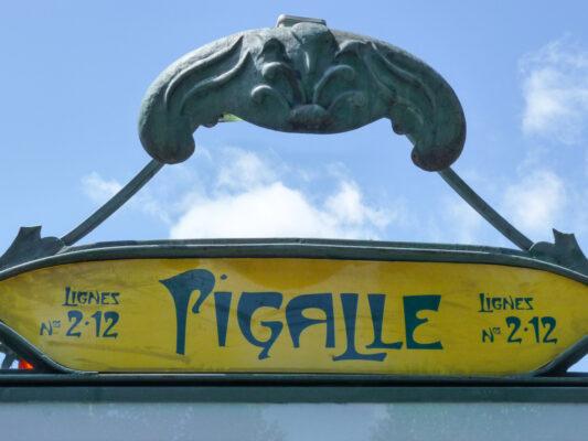 Métro Pigalle dans le 18ème arrondissement