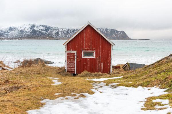 Cabane de pêche sur la plage de Ramberg
