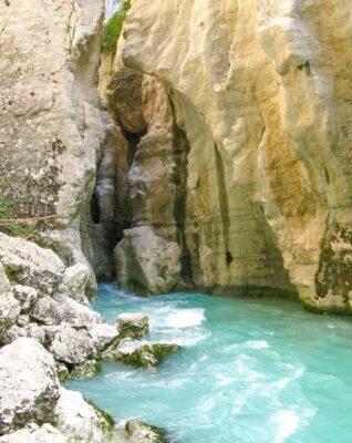 Faire du canyoning dans les gorges du Verdon