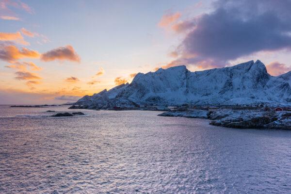 Coucher de soleil dans les Lofoten en hiver