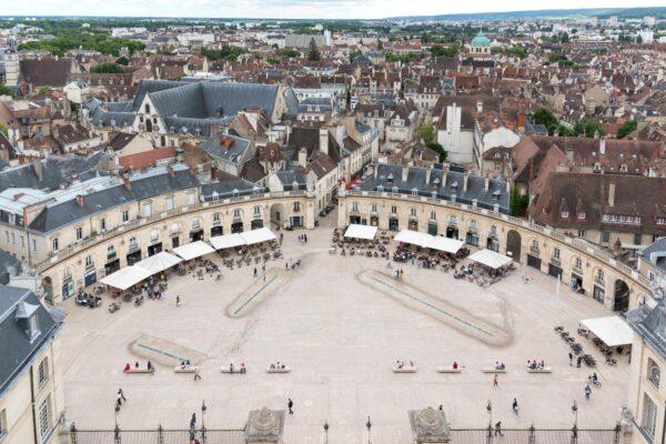 Panorama sur la place de la Libération