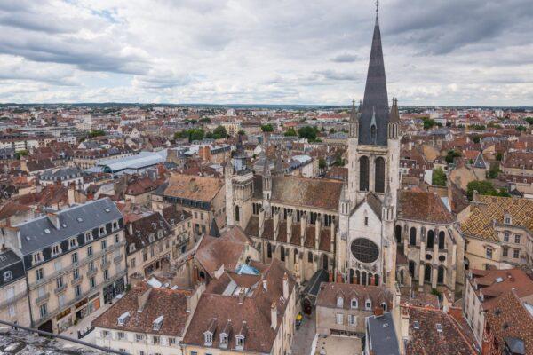 Panorama sur la ville depuis la tour Philippe le Bon