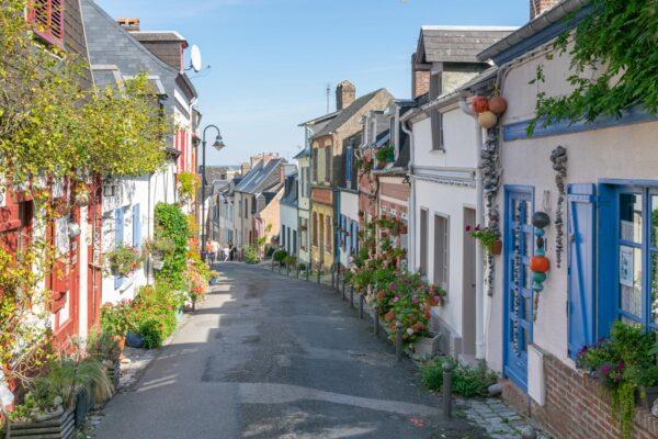 Rue des Moulins dans le quartier du Courtgain