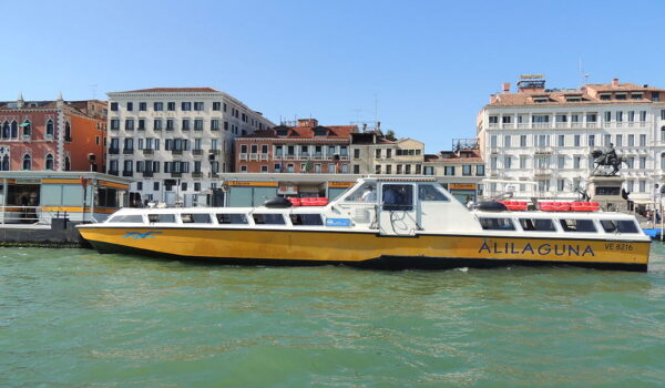 Bateau Alilaguna à Venise