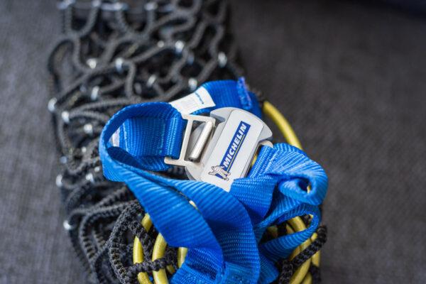 Clipse pour verrouiller les chaînes Michelin en composite