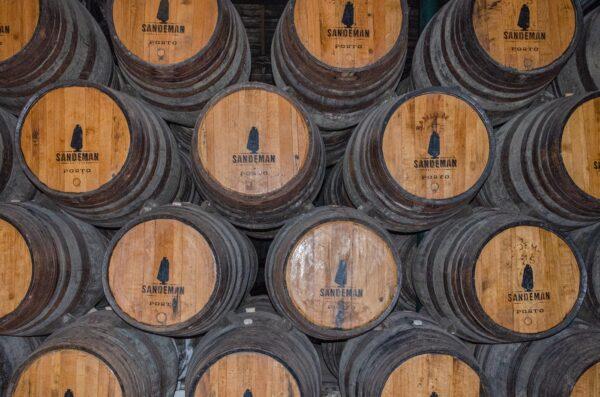 Barriques de vin de Porto