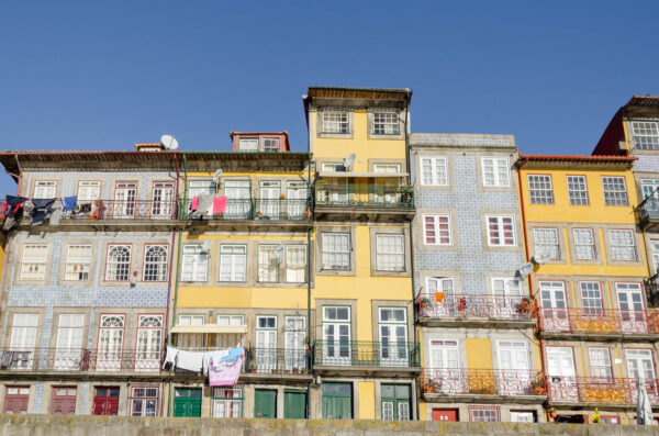Cais da Ribeira à Porto