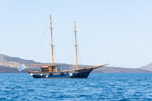 Caïque à Santorin, bateau traditionnel
