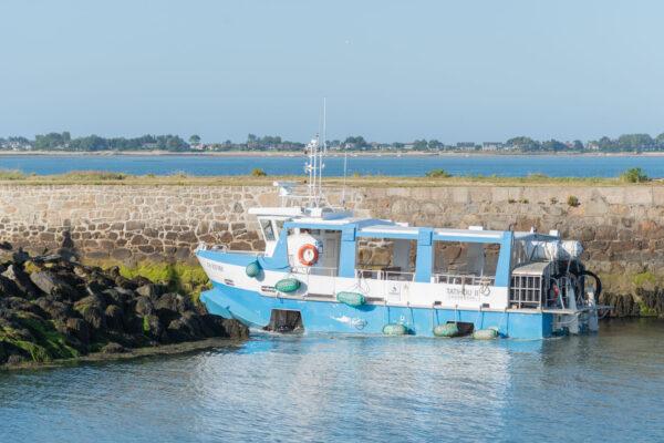 Bateau pour la traversée vers Tatihou